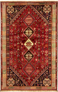 Qashqai rug with vertical diamond medallions