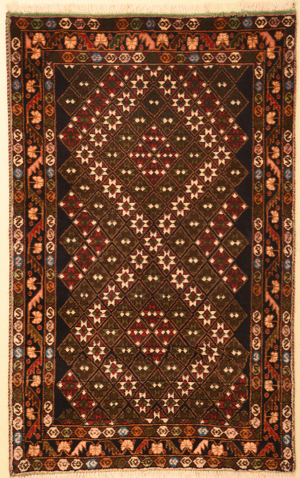 Abadeh 2 39 6 x 4 39 catalina rug for Cheap persian rugs nyc