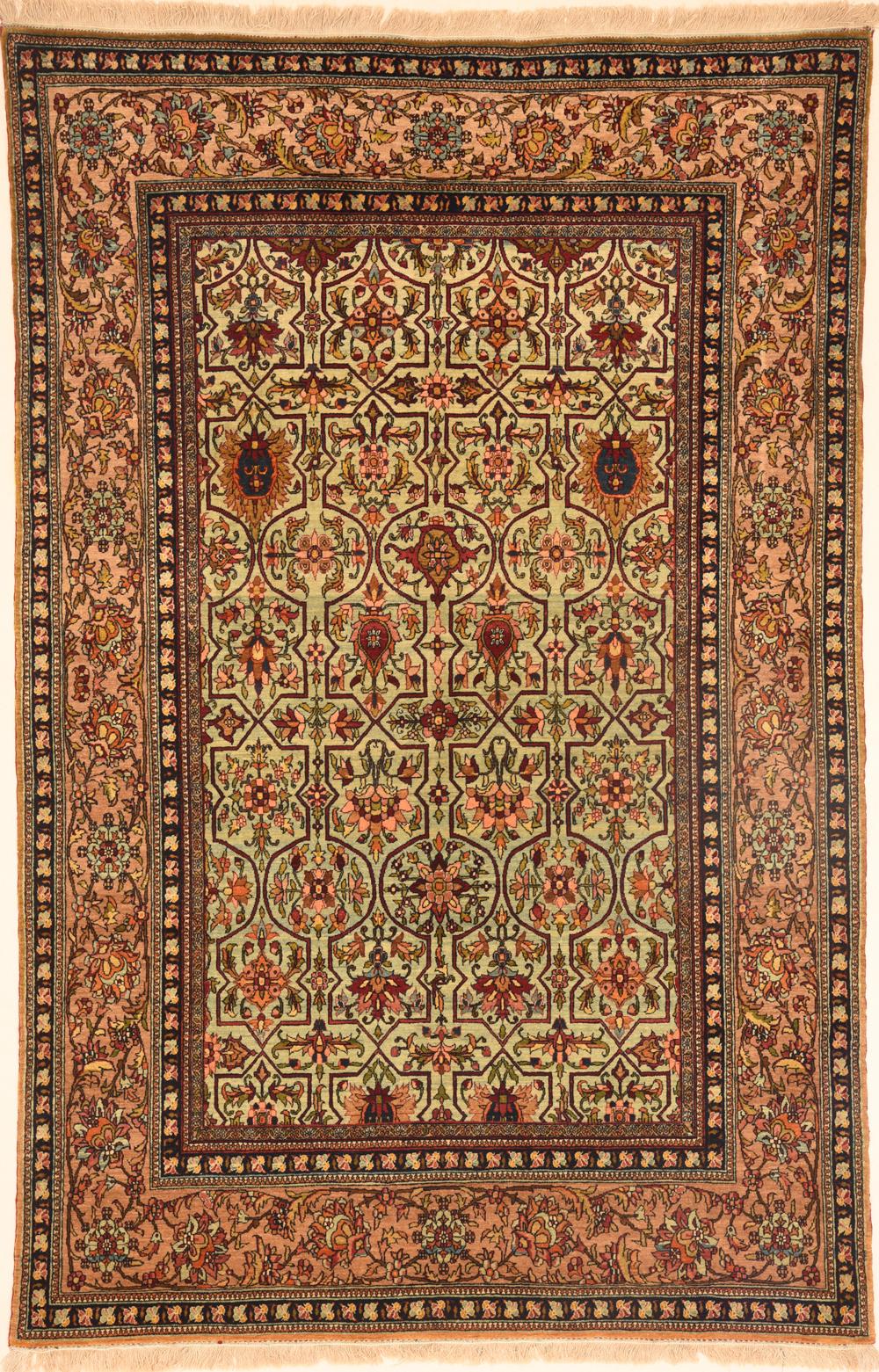 Isfahan 4 8 X 7 1